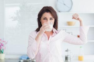Польза молока для женского организма